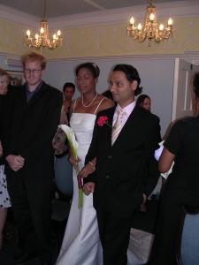 expat wedding